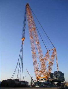 Sarens unveils world's largest heavy-lift crane