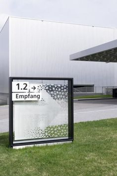 integral ruedi baur zürich- Projekte Wayfinding Signage, Signage Design, Environmental Graphics, Environmental Design, Monument Signage, Glass Signage, Pylon Sign, Sign Board Design, Sign System