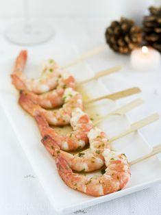 Receta de langostinos marinados, un aperitivo ideal para las comidas navideñas, muy fácil y rápido de preparar con el que sorprenderás.