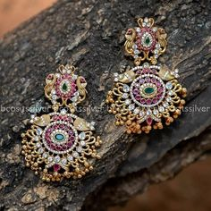 Find Out Where To Shop Hot Selling Classic Antique Jhumkas! Gold Jhumka Earrings, Indian Jewelry Earrings, Silver Jewellery Indian, Indian Wedding Jewelry, India Jewelry, Ear Jewelry, Trendy Jewelry, Pendant Jewelry, Silver Jewelry