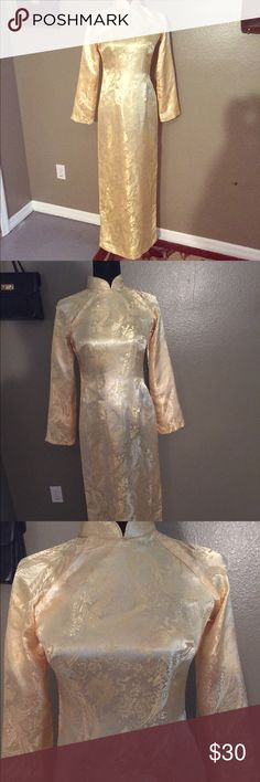 Stunning Vintage Gold Dragon Dress Sz XS Stunning Vintage Gold Dragon Dress Sz XS. Traditional style. Snap and hook closure at the neck and top. High Slits on both sides can be worn with tights, shorts or flowing pants etc... No Label fits an XS Dresses Maxi