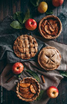 Apple pies with different decorations by Nataša Mandić for Stocksy United - Alles mit Apfel / All about Apple - Delicious Pie Good Food, Yummy Food, Aesthetic Food, Autumn Aesthetic, Fall Recipes, Pumpkin Spice, Sweet Tooth, Food Photography, Food Porn