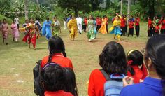https://flic.kr/p/7xSdif | India, Kerala, Kottayam school faculty race | Female teachers race at a sports day at a private school in Kottayam.