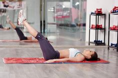 Want Seriously Sculpted Abs? Try This Pilates Roll-Up Move 6 Pack Abs Workout, Abs Workout Routines, Abs Workout For Women, Workout Regimen, Workout Videos, Short Workouts, Fun Workouts, Best Lower Ab Exercises, Stomach Exercises