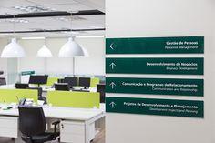 Central Sicredi Sul /STUDIOMDA Wayfinding Design