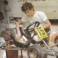 Ayrton Senna died on May What a legend and inspiration. Hans Joachim Stuck, Dirt Bike Girl, Girl Motorcycle, Motorcycle Quotes, Kart Racing, F1 Racing, F1 Drivers, Karting, Car And Driver
