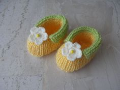 Handmade Knitted Baby Booties 36 months by sankorra on Etsy, $13.50
