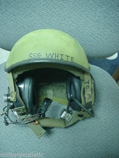 CVC HELMET COMBAT VEHICLE CREWMAN MEDIUM DH-132, WITH SPEAKER LINER