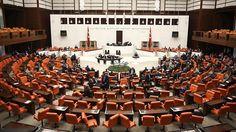 """Meclis'te HSK Üyeleri Seçildi: CHP ve HDP Oylamayı Protesto Etti """"Meclis'te HSK Üyeleri Seçildi: CHP ve HDP Oylamayı Protesto Etti""""  https://yoogbe.com/guncel-haberler/mecliste-hsk-uyeleri-secildi-chp-ve-hdp-oylamayi-protesto-etti/"""