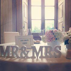 mr&mrs wedding romantic, tavolo degli sposi