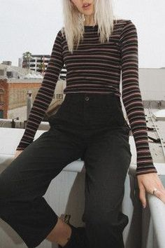 Brandy Melville Santana Top Found on my new favorite app Dote Shopping Grunge Outfits, Outfits Otoño, College Outfits, Trendy Outfits, Fall Outfits, Summer Outfits, Fashion Outfits, School Outfits, Fashion Ideas