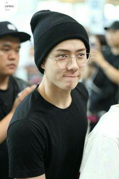 oh sehun \ oh sehun - oh sehun boyfriend material - oh sehun cute - oh sehun wallpaper - oh sehun aesthetic - oh sehun photoshoot - oh sehun handsome - oh sehun gif Kyungsoo, Sehun Cute, Exo Korean, Exo Ot12, Chanbaek, Exo Members, Jiyong, Park Chanyeol, Yoona