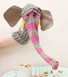 quoi faire de nos vieilles chaussettes les tutos cr ations crochet petits objets au crochet. Black Bedroom Furniture Sets. Home Design Ideas