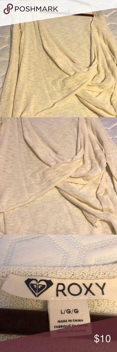 Roxy sweater Worn few times Roxy Tops Blouses