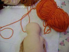 ARTESANATO COM QUIANE - Paps,Moldes,E.V.A,Feltro,Costuras,Fofuchas 3D: como aplicar cabelo de lã nas bonecas de pano