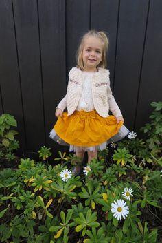 Le look #263 #WhiteFurTrimVest : @oshkoshbgosh  @ @target  #WhiteFauxFurNecklace: #atsuyoetakiko  #LaceFrontFrenchTerryTopBrown: @oshkoshbgosh @ @target #YellowFineWaleCordSkirt: @Target #LeStarTutu - Silver: #atsuyoetakiko #BallerinaShoes: @jcrew #Justright: http://www.lesnominettes.com