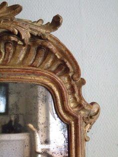 ✕ Lovely golden mirror… / #details #gold #homedecor