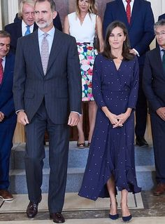 3 September 2019 - King Felipe and Queen Letizia give audiences at Zarzuela Palace in Madrid - dress by Maje, shoes by Carolina Herrera Princess Of Spain, Scarf Dress, Blue Pumps, Queen Letizia, Bridesmaid Dresses, Wedding Dresses, Maje, Royal Fashion, Carolina Herrera