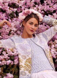 Spring Oleana style 198 nc, love the soft colors, so freah and new Fair Isle Knitting Patterns, Knitting Machine Patterns, Knitting Designs, Norwegian Clothing, Norwegian Knitting, Knitwear Fashion, Couture, Pop Up, Knit Crochet