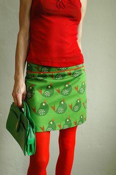 groene vogelrok - bonnie kleurig, maar geen A-lijn = minder kinderachtig!