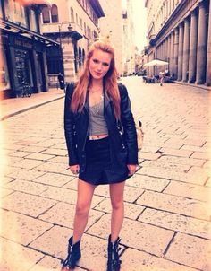 Bella Thorne Shows Off Her Cute Style In Italy