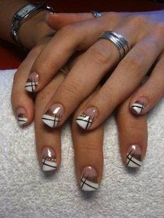 iloupitchou's blog - Skyrock.com French Nails, French Acrylic Nails, Simple Acrylic Nails, Gel Acrylic Nails, Gel Nail Art, Gel Manicure, Silver Nail Designs, French Nail Designs, Creative Nail Designs
