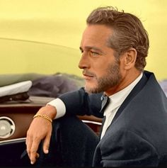 Paul Newman What a hunk ! He reminds me of another one, very much alive. A Hardy man ...