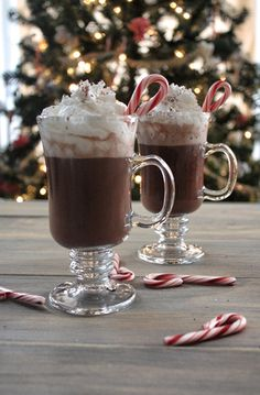 Candy Cane Hot Chocolate!!!
