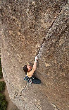 Joshua Tree Rock Climbs crack climbing Best wipes for sports Go to Rock Climbing Training, Rock Climbing Workout, Rock Climbing Gear, Climbing Girl, Ice Climbing, Mountain Climbing, Radical Sports, Extreme Sports, Rafting