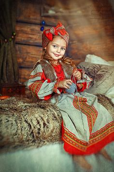 Anna Pavaga - Russian girl from St. Beautiful Children, Beautiful Babies, Folklore, Anna Pavaga, Todays Mood, Local Women, Russian Beauty, Russian Models, People Of The World