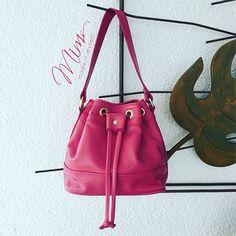 Bolsa mini brigadeiro em Rosa Pink #criesuabolsa #bucketbag #bolsadecouro #pink