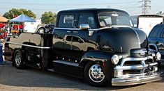 """'48 Buick Roadmaster on Instagram: """"""""Chevy COE Hauler"""" Credit the owner, builder and photographer #chevy #chevytrucks #chevytruck #carhauler #trucks #truck #coe #cabover…"""" 1954 Chevy Truck, Chevy Diesel Trucks, Chevy Pickup Trucks, Classic Chevy Trucks, Gm Trucks, Chevrolet Trucks, 1957 Chevrolet, Chevrolet Impala, Lifted Trucks"""
