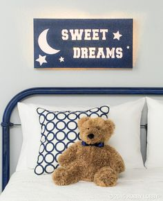 Your little one is sure to sleep tight and not let the bedbugs bite with a soothing light-up sign. Click for directions.