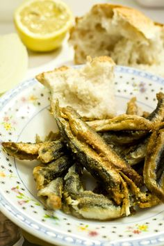 hamsi (crispy fried anchovies) how to...for Sherif...I am not a lover of the anchovies myself...lol