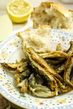 Hamsi, fried crispy anchovies.