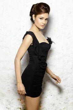 Yuvika Chaudhary Height, Weight, Age, Affairs & More - StarsUnfolded