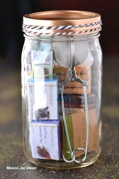 27 Creative DIY Mason Jar Gifts To Impress Family And Friends Mason jar gifts let you save time, efforts, and money, and make your family and friends happy at the same time. Check out our collection of ideas. Pot Mason Diy, Mason Jar Gifts, Mason Jars, Gifts In Jars, Gift Jars, Glass Jars, Homemade Christmas Gifts, Homemade Gifts, Christmas Diy