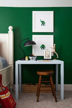 The Makerista: How to Style A Kid's Desk