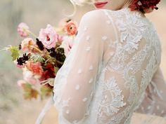 Bold Fall Floral Inspiration | Wedding Ideas | Oncewed.com