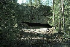 Wolf Cave is based on findings from the Nordic region's oldest residence. Finland's biggest rock are the people lived in the past 120 000 years ago. -Karijoki, South Ostrobothnia province of Western Finland. - Etelä-Pohjanmaa.