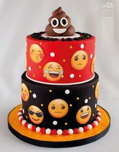 I hope you enjoy these amazing EMOJI CAKE ideas. Teen Cakes, Cakes For Boys, Emoji Cake, Birthday Cake Emoji, Indian Cake, Birthday Cakes For Teens, Novelty Cakes, Savoury Cake, Cute Cakes