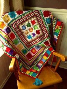 ☀ CQ I love the colors, this Crochet Lady used! Bug Baby Blanket {Fiddlesticks - My crochet and knitting ramblings} ☀ CQ I love the colors, this Crochet Lady used! Bug Baby Blanket {Fiddlesticks - My crochet and knitting ramblings} Crochet Afghans, Crochet Motifs, Crochet Squares, Crochet Blanket Patterns, Crochet Granny, Knitting Patterns, Granny Squares, Crochet Blankets, Baby Blankets