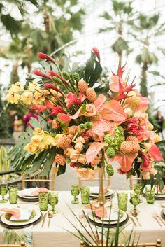 Colourful Tropical Wedding Centrepiece, Tropical Wedding Table Setting, Bright Wedding Flowers | ElegantWedding.ca