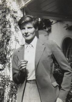 """""""Ich wollte immer Filmschauspielerin werden. Ich dachte, es wäre romantisch – und das war es."""" - Katharine Hepburn"""