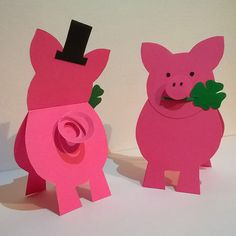 Source by krisztinaegrine Pig Crafts, Paper Crafts, Preschool Color Activities, Folded Fabric Ornaments, Art For Kids, Crafts For Kids, Puppets For Kids, Christmas Gift Decorations, Pig Party