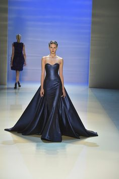 OMGosh! The blue, the majestry! Want to have somewhere to go to in this dress! Georges Hobeika Haute Couture Fall 2014