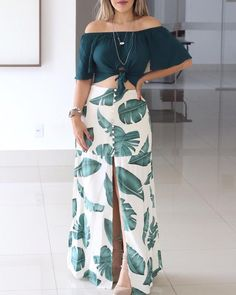 Off Shoulder Knotted Top & Tropical Print Slit Skirt Set fall fashion trends 2019 Denim Shirts,fall fashion trends White Jeans,fall fashion trends Clothing,fall fashion trends Luau Outfits, Mode Outfits, Skirt Outfits, Stylish Outfits, Slit Skirt, Skirt Set, Casual Dresses, Fashion Dresses, Tropical Fashion