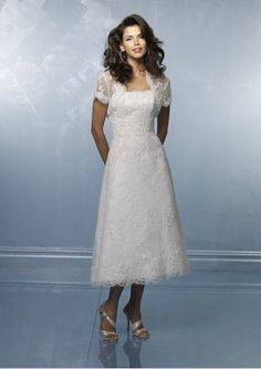 A Line Lace Strapless Short Wedding Dress