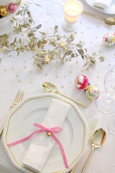 Tie napkins with narrow velvet ribbon.#Repin By:Pinterest++ for iPad#