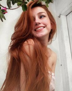 coiffure フ les cheveux longs hair haar frisur redhead rousse – Fashion Style Ginger Girls, Ginger Hair Girl, Redhead Girl, Beautiful Redhead, Beautiful Red Hair, Beautiful Women, Pretty Face, Pretty People, Auburn Hair
